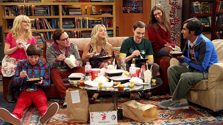 Geleneksel The Big Bang Theory yemek sahnelerinden biri.