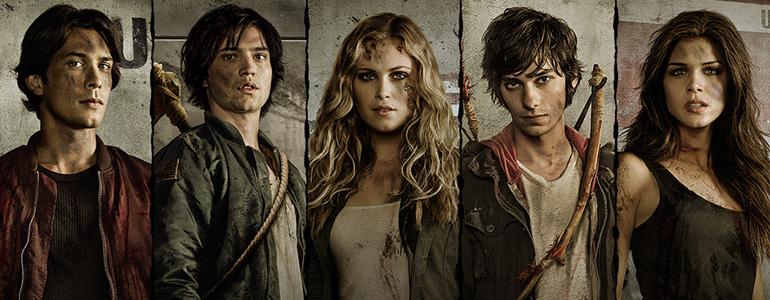 Bellamy, Finn, Clarke, Jasper ve Octavia.