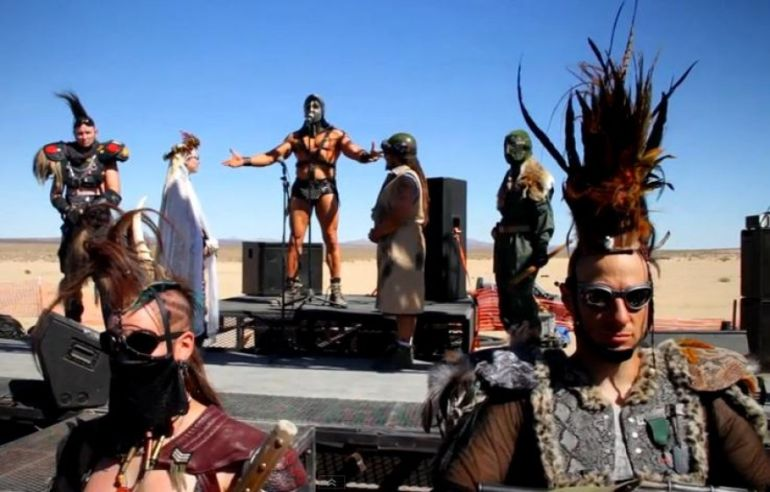 mad-max-wedding-2-e1388830742264_s