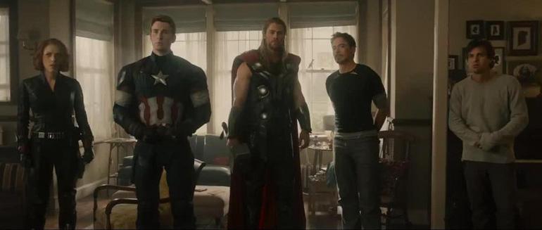 """""""Ya Hawkeye Yenge, kusura bakma rahatsızlık verdik, biz aç karnımızı doyurmaya gelmiştik de..."""""""