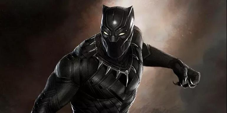 Black Panther gümbür gümbür geliyor!