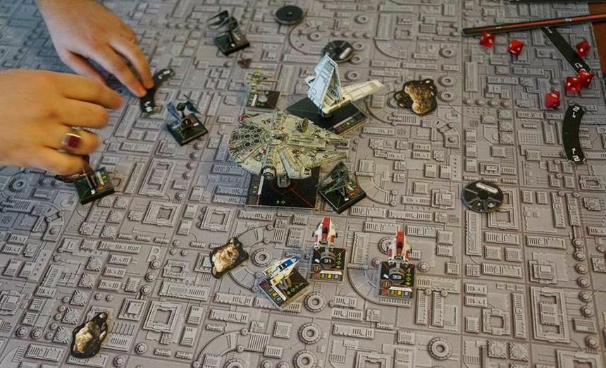 Masa üstünde güzel gözüken bir oyun bu!