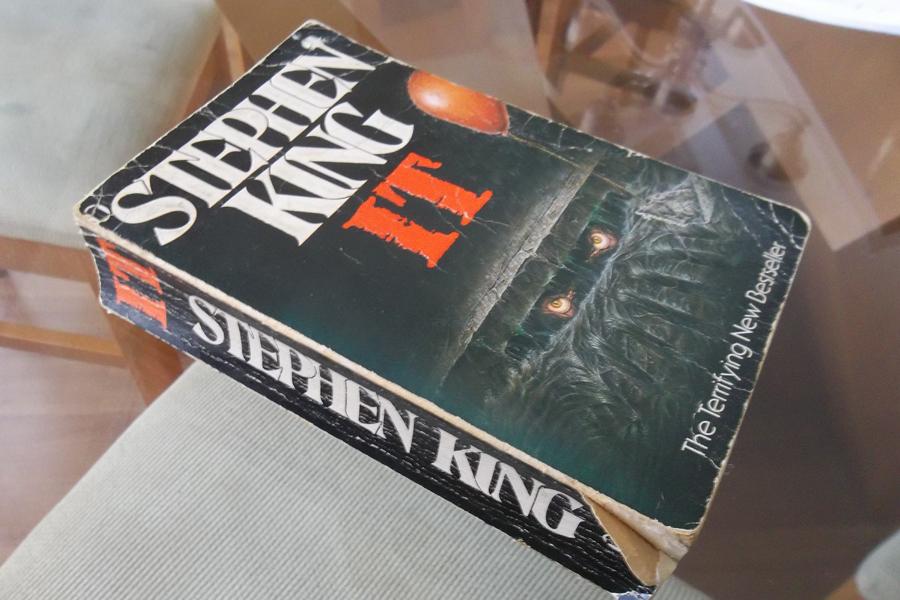 Bu da bendeki kopya. Bir kitabı her yıl okuyarak öldürmek nasıl olur örneği sanırım.