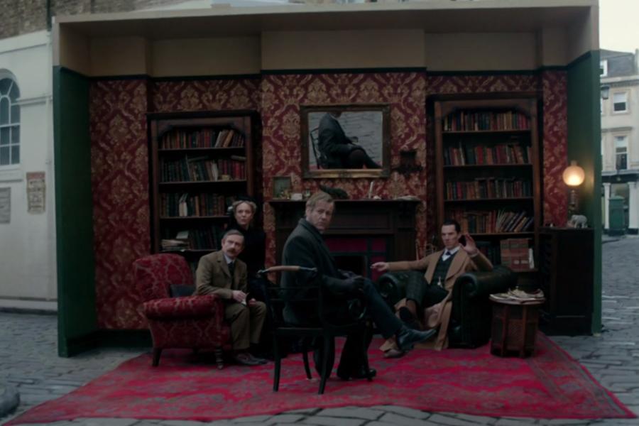 """Sherlock'un olayı anlatan Lestrade'a """"Dur!"""" demesi ve suç mahallini kendi kafasında canlandırması, sinematografi inanılmaz. Eski toprak Sherlock Holmes hayranlarının hep özlediği planlar bunlar. O değil de """"Bu adamdan müthiş Atatürk olur diye bir tek ben mi düşünüyorum?"""" diyordum ki, Ekşi'de de yazmışlar."""