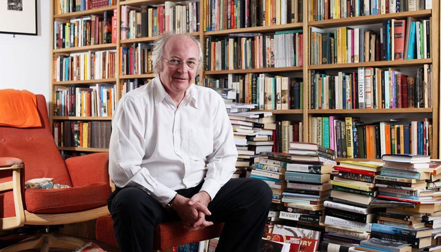 Yazar Philip Pullman