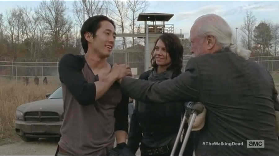 a-hershel-greets-glenn-and-maggie-as-they-arrive-back-at-the-prison