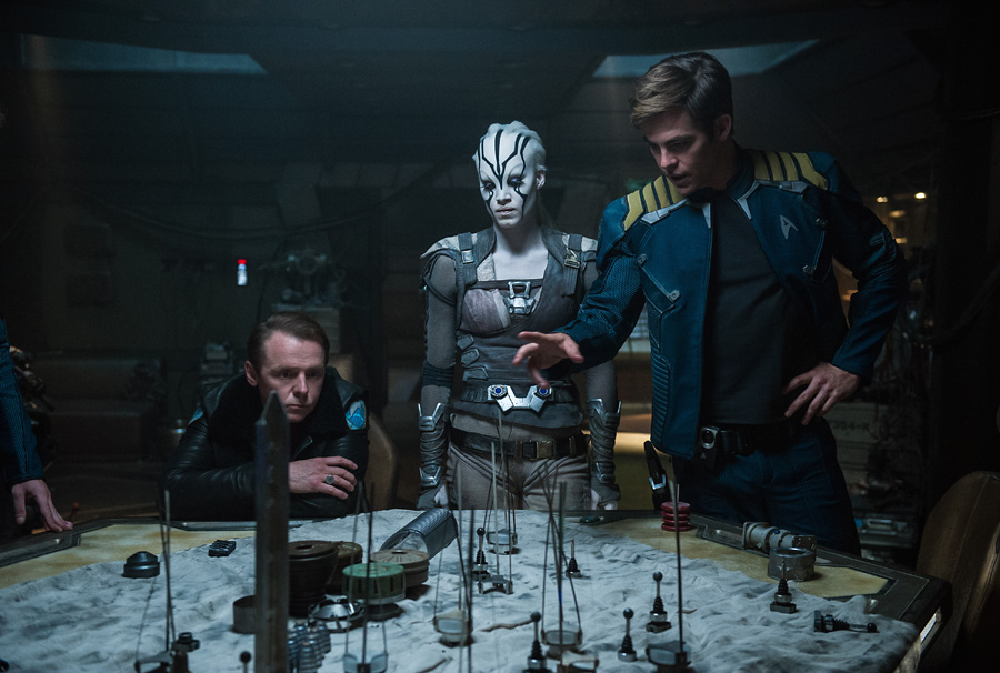 star-trek-beyond-kirk-scotty-jaylah