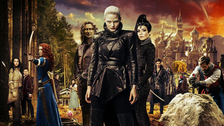 Once Upon a Time 5. Sezon (2015) - Aynı kare içinde Pamuk Prenses, Yakışıklı Prens, Merida, Robin Hood, Rumplestilskin, Kötü Kraliçe, Kaptan Hook, Kral Arthur ve niceleri.